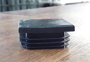 Заглушка пластиковая для квадратной трубы  25*25