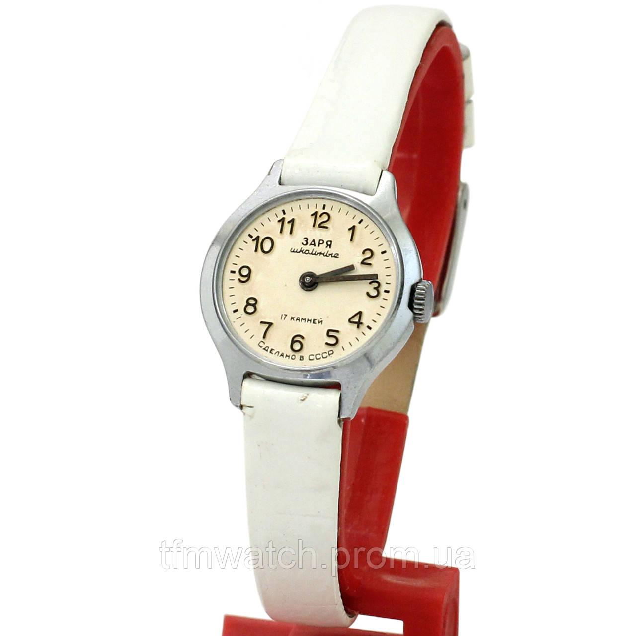 2790e8af Механические часы Заря школьные 17 камней сделано в СССР - Магазин  старинных, винтажных и антикварных