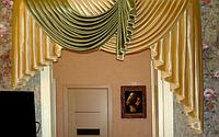 Ламбрекен на дверь в коридор