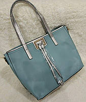 Стильная большая женская сумка с длинными ручками. Цвета в ассортименте. Материал: эко-кожа.