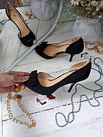Черные летние туфли лодочки с вырезом в наличии