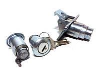 Замок багажника ВАЗ 2104 с ключами и личинками дверей (компл.) (пр-во Ароки, Димитровград Россия)