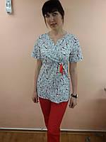 Женский медицинский костюм без пуговиц 48, Аисты