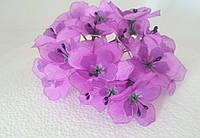 Цветы на веточке из ткани фиолетовые