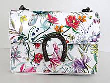 Жіноча маленька сумочка  . Італія 100% натуральна шкіра . Біла з квітами з чорною цепочкою