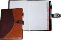 Ежедневник на кнопке Стандарт 112л.  + высечка регистров по месяцам Ф-140х206 (блок офсетная бумага 80г/м2,  ЗВ-56-С Бриск