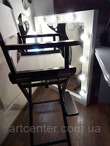 Зеркало с подсветкой в деревянной раме