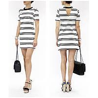 Стильное платье мини от Шанель Chanel с брошкой