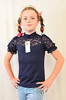 Школьная нарядная синяя гипюровая блуза на девочку.
