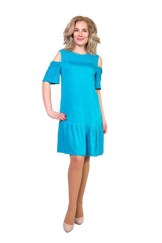 Оригинальное женское платье с интересными плечами