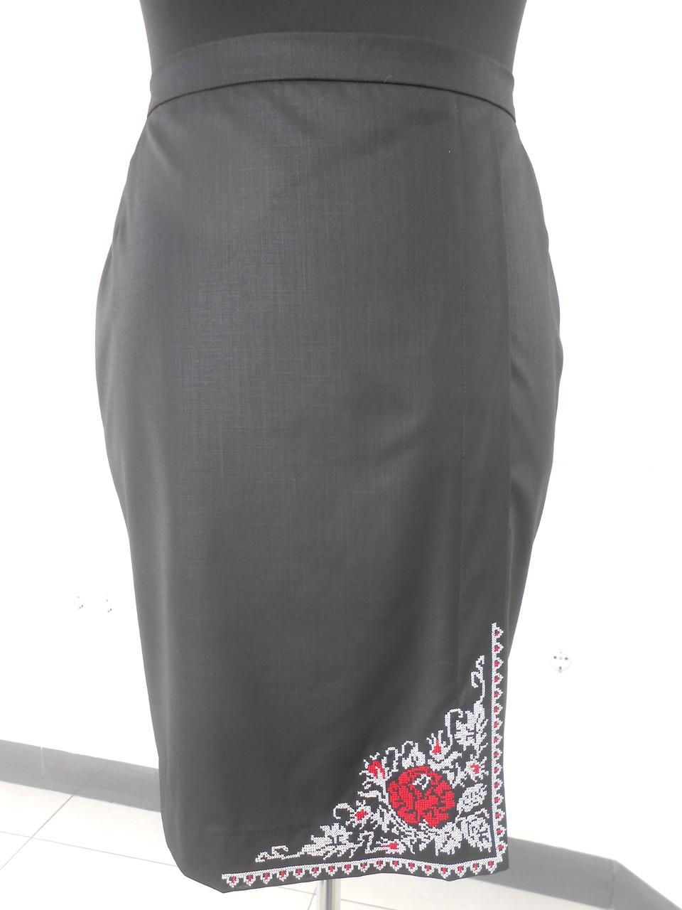 Юбка женская черная прямая с запахом и вышивкой большого размера 52,54