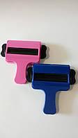 Ключ прес для видавлювання фарби, пластмасовий.