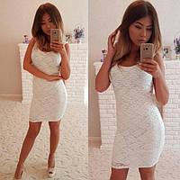 Короткое облегающее женское платье из гипюра P6755