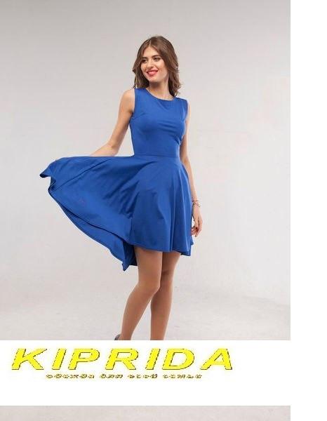 Платье с расклешенным низом короткое