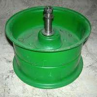 Шкив натяжной привода молотилки (без рычага с подшипником и осью) Нива 44Б-3-19-1Г