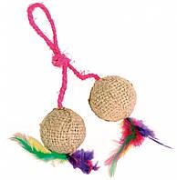 Мячики Trixie 2 Balls on a Rope для кошек джутовые на веревке, 4.5 см