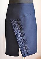 Школьная юбка для девочки синего цвета с кружевом