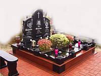 Памятник тройной на могилу
