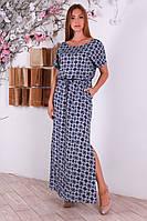 Нежное женское штапельное платье с интересным принтом