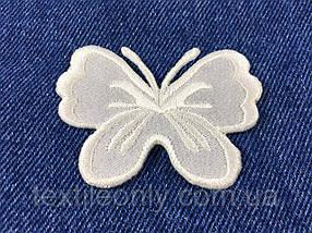 Нашивка метелик big колір молоко