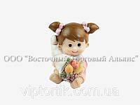 Пластикові фігурки — 26175 Дівчинка з фруктами - Modecor