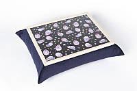 Поднос на подушке Коты в космосе