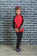 Детский спортивный костюм с лампасами красный