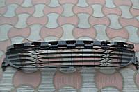 Решетка переднего бампера б/у Renault Megane 3 622542051R/622543994R/622540001R