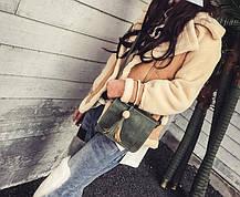 Стильная женская сумка почтальон с брелком, фото 2