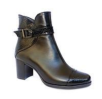 Кожаные женские ботинки на широком каблуке