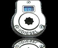 Заливная горловина с индикатором заполнения для резистивного датчика