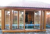 Пластиковые складные двери окна типа гармошка для остекления бассейна. Заказать складные металлопластиковые