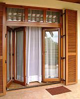 Пластиковые складные двери окна типа гармошка, перегородки в офис и дом. Заказать складные металлопластиковые,