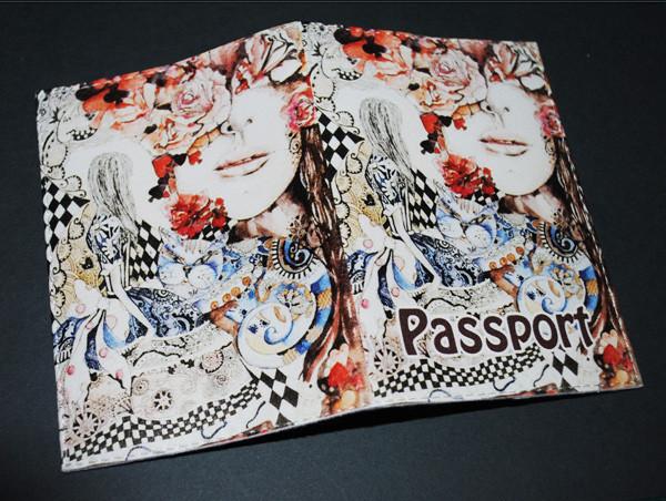 Обложка  для паспорта  -Алиса в стране чудес-