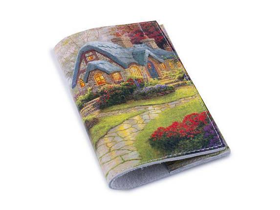 Кожаная женская обложка для паспорта -Сказочный дворик-, фото 2