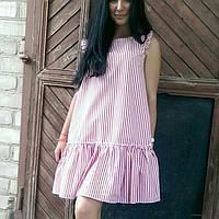 Молодежное платье с воланом.