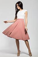 Нежное двуцветное платье с рукавом-лепестком