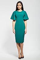 Стильное силуэтное платье с расширенным рукавом зеленого цвета