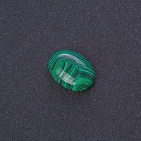 Кабошон Малахит нат камень 1,3х1,8см (+-)