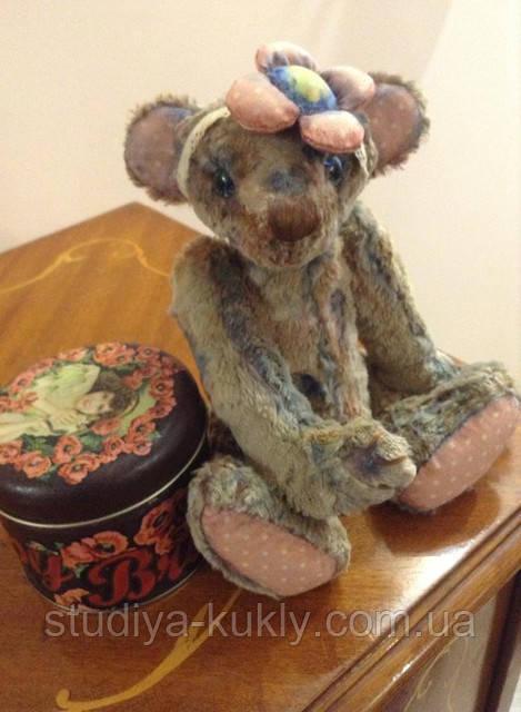 Студия куклы начинает набор в группу на мастер-класс по винтажному мишке Тедди! За 4 дня работы мы создадим прекрасного медвежонка, который станет замечательным талисманом вашей семьи, произведем ритуал загадывания желания, этого мишутку вы сможете передать своим детям и внукам! Приходите!