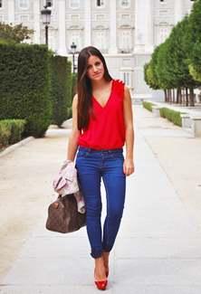 """Купить женские джинсы оптом в магазине """"Одежда оптом"""""""