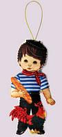 Набор для вышивания и шитья куклы из фетра Кукла. Франция - М