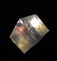 Исландский шпат,  оптический кальцит, кубический шпат.