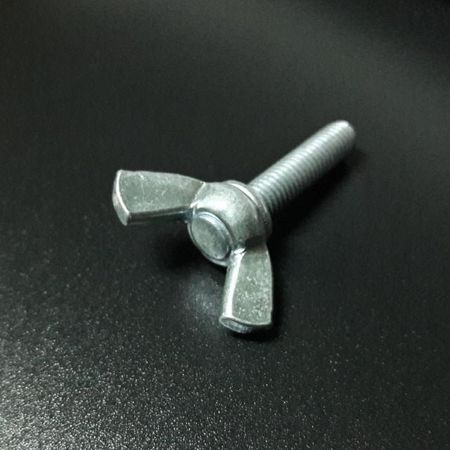 Барашковый винт М5 DIN 316