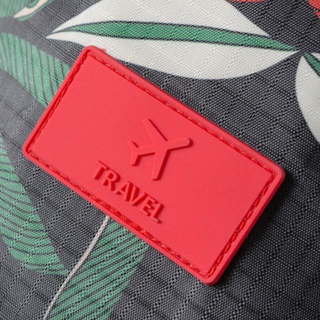 Комплект сумочек в чемодан чёрный с логотипом