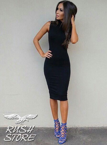 Облегающее платье до колен