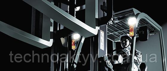 ОБРАБОТКА МАТЕРИАЛОВ Системы обработки материалов, такие как крановые и вилочные погрузчики.