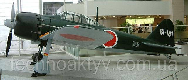 "Истребитель Mitsubishi A6M ""Zero"""