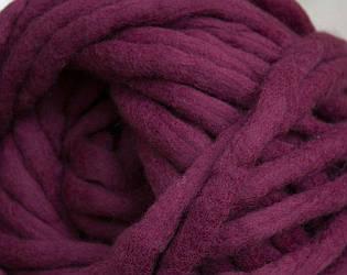Толстая пряжа ручного прядения. 100% шерсть. Цвет Бордо