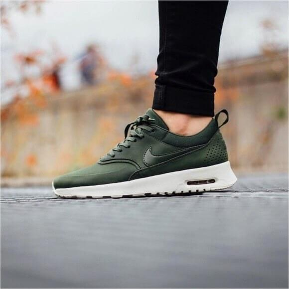 9fcdafa1 Nike Air Max Thea Carbon Green, цена 1 050 грн., купить в Запорожье —  Prom.ua (ID#560375991)